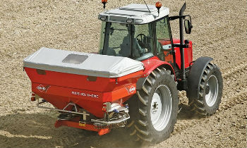 Kuhn-BroadcastFertSpreaders.jpg