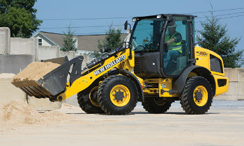 NewHollandCE-CompactWheelLoaders-cover.jpg