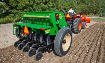 CroppedImage350210-GreatPlains-7-end-wheel-notill.jpg